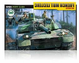 Academy #13001 1/48 Plastic Model Kit FRENCH MBT LECLERO R/C